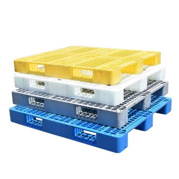 Plastic pallets for beverage industry